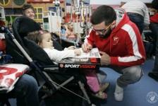 Košarkaši Zvezde posetili dečije odeljenje Instituta za onkologiju