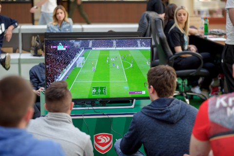 ODRŽAN PRVI UMBRO FIFA TURNIR U DELTA CITY-U