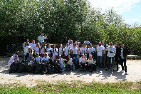 PRVA ECOVISION AKCIJA: Očistili smo deo obale kod Brankovog mosta