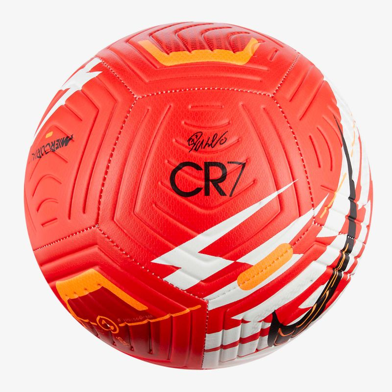 NIKE Strike CR7