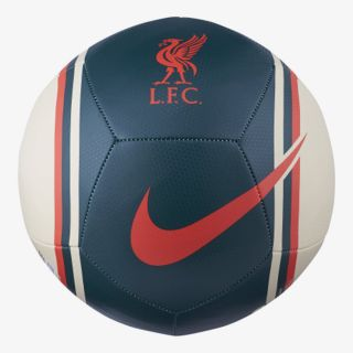 NIKE Liverpool FC Pitch