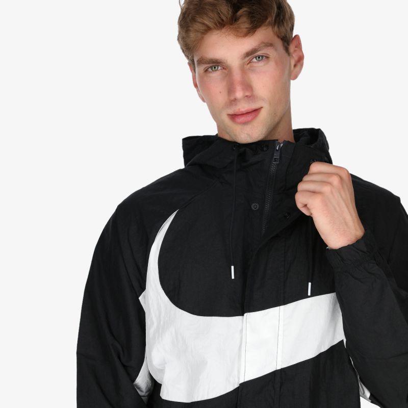 NIKE Sportswear Swoosh